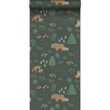 carta da parati foresta con animali della foresta verde scuro e beige da ESTA home